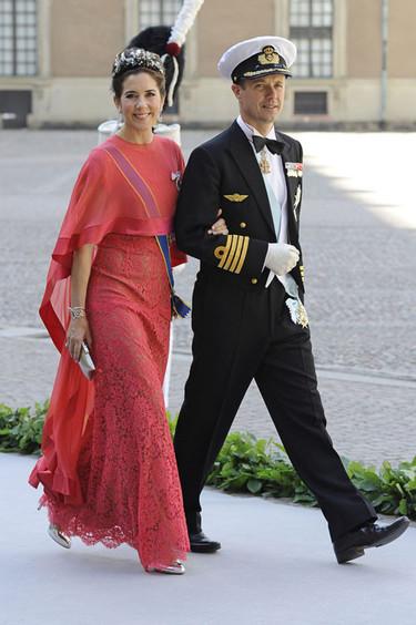 Las princesas lucen sus mejores galas (o intentan) en la boda de Magdalena de Suecia