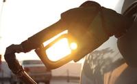 La gasolina y el gasóleo se abaratan hasta un 2,6% y llevan ya tres semanas a la baja