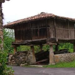 Foto 2 de 5 de la galería horreos-paneras-y-cabazos en Diario del Viajero