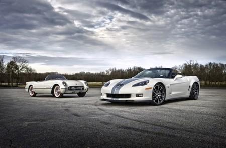 Chevrolet Corvette C1 y 2013 Chevrolet Corvette