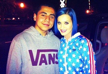Katy Perry cambia de color de pelo como quien se cambia de calcetines todos los días