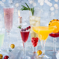 Cómo convertir el cava en la mejor bebida de la Navidad: 11 cócteles para disfrutarlo más