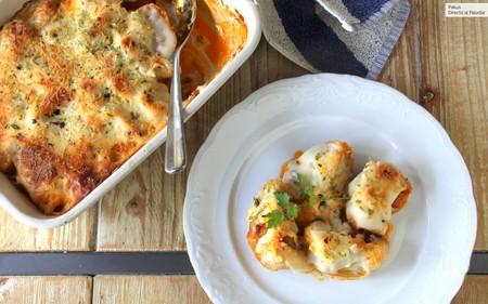 Caracolas de pasta rellenas de salsa boloñesa, receta para toda la familia
