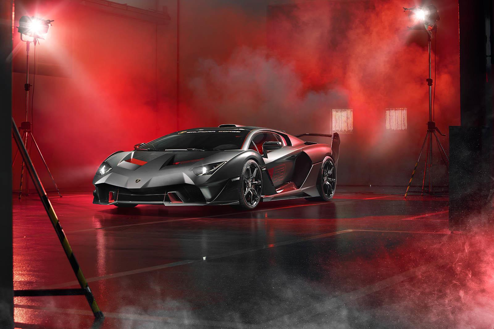 Foto de Lamborghini SC18 Alston (14/15)