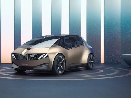 El BMW i Vision Circular adelanta cómo podría ser el BMW i3 de 2040:  sostenible, reciclado y con baterías de estado sólido
