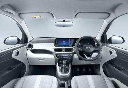 Hyundai Aura 3