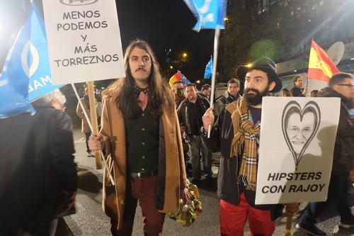Homo Velamine: el colectivo artístico que sabe cómo solucionar todos los problemas de España