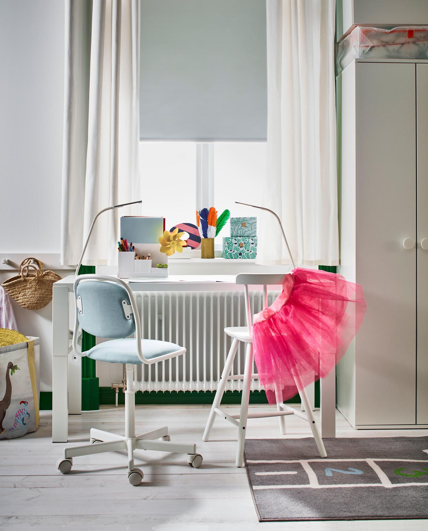 Silla escritorio niño, blanco, Vissle rosa o azul