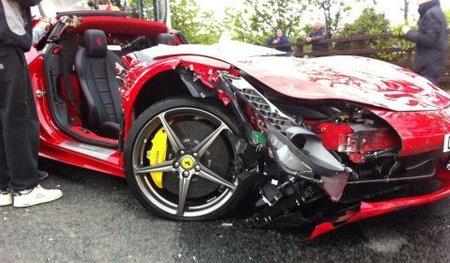 Dolorpasión™: Cómo convertir tu Ferrari 458 en un descapotable