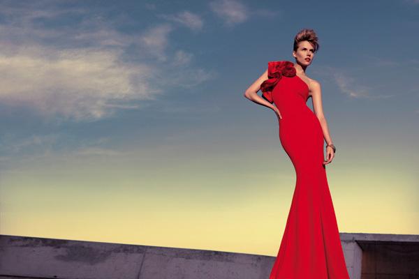 Foto de Vestidos largos de fiesta para bodas de tarde: luce como una celebritie (7/10)