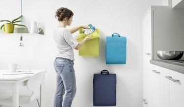 ¿Buena o mala idea?, colgar la basura en la pared