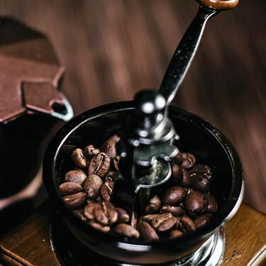 Molinillos de café manuales: ¿cuál es mejor comprar? Consejos y recomendaciones