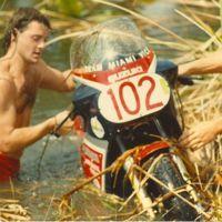 El día que una Suzuki GSX-R 1100 visitó a los cocodrilos de Palm Beach
