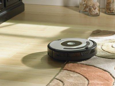 Robot aspirador iRobot Roomba 615 por 289 euros y envío gratis