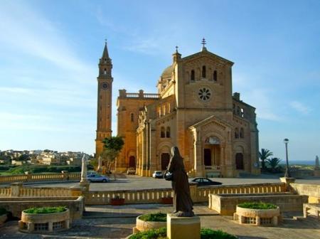 La Basílica de Ta 'Pinu en Gozo, Malta