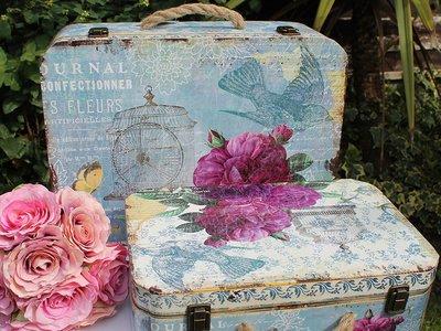 Como aprovechar maletas vintage y convertirlas en mesas convencionales