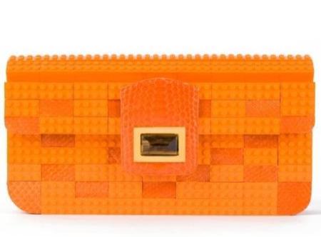 Bolso de Lego diseñado por Kara Koss