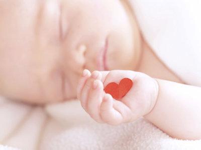Nace un bebé 55 días después de haber muerto su madre