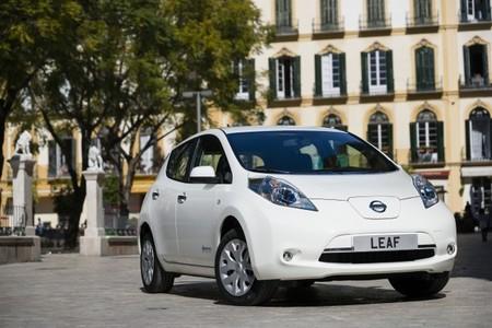 El Nissan LEAF se mantiene dos meses sin bajar de las 2.000 unidades vendidas en EEUU
