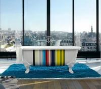 Kohler Striped Tub: lo moderno y lo clásico