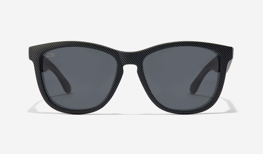 Gafas de sol negras cuadradas