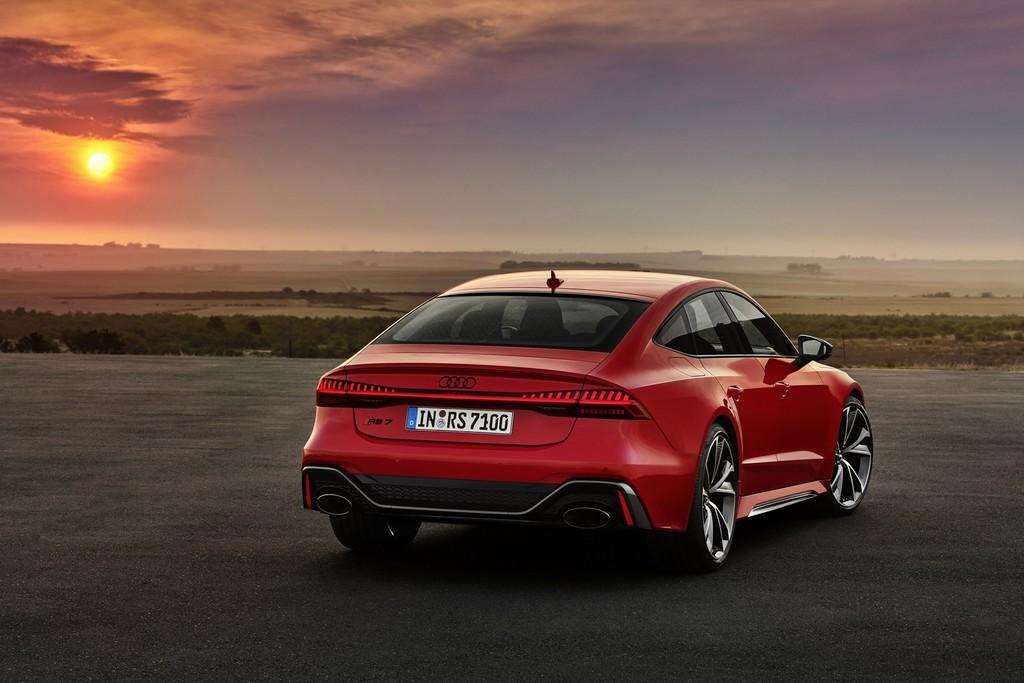 El superlativo Audi RS 7 Sportback ya está a la venta en España: una berlina coupé de 600 CV desde 146.060 euros