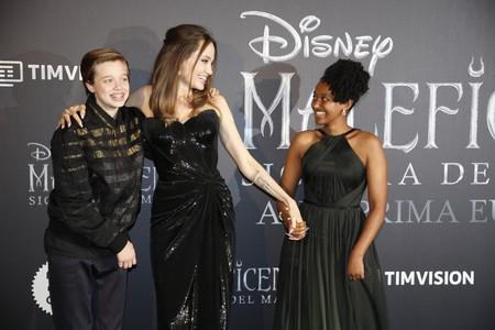 """Angelina Jolie brilla junto a sus hijos en la premiere de """"Maléfica: Maestra del mal"""" en Roma"""
