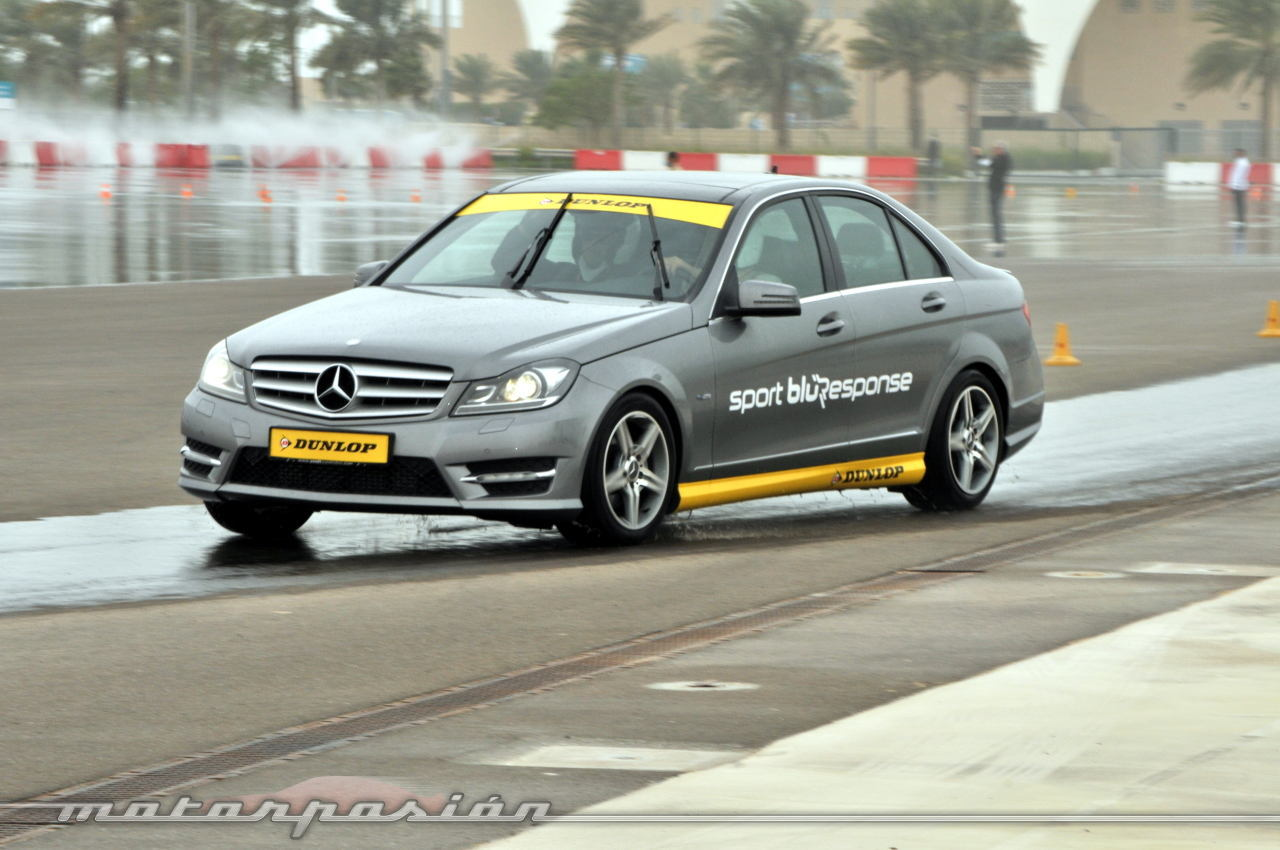 Foto de Dunlop Sport BluResponse, presentación y prueba en Yas Marina (16/24)