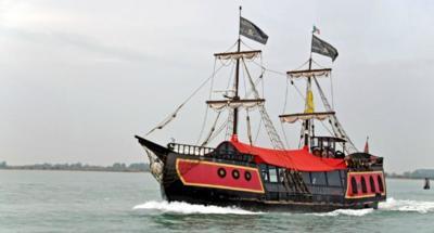 Se acabó el culebrón, los moderadores vuelven a The Pirate Bay para hacer limpieza