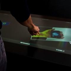 Foto 4 de 4 de la galería mesa-multitactil-de-86-pulgadas-de-ideum en Xataka