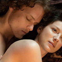 Quedan menos de dos meses para que vuelva 'Outlander'. Te presentamos el tráiler de la segunda temporada.
