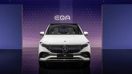 Mercedes Eqa 04