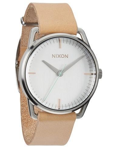 La tendencia natural y minimalista del reloj NIXON Mellor Natural