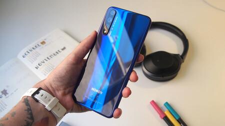 Huawei se desprende de la marca Honor para venderla a un consorcio chino, según Reuters