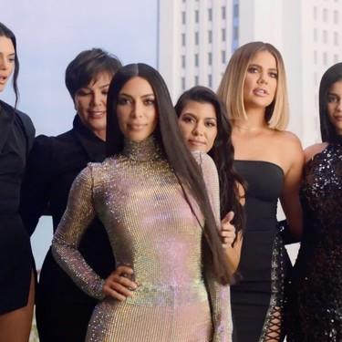 En 10 años la vida te puede cambiar (y mucho), y si no que se lo digan a la familia Kardashian-Jenner que hoy celebra una década de KUWTK