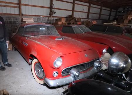 Sale a la luz la mejor colección de coches clásicos americanos, abandonada durante 30 años