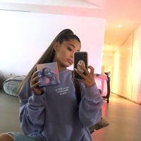 Ariana Grande da el sorpasso a Taylor Swift y ya es la artista con más suscriptores en YouTube