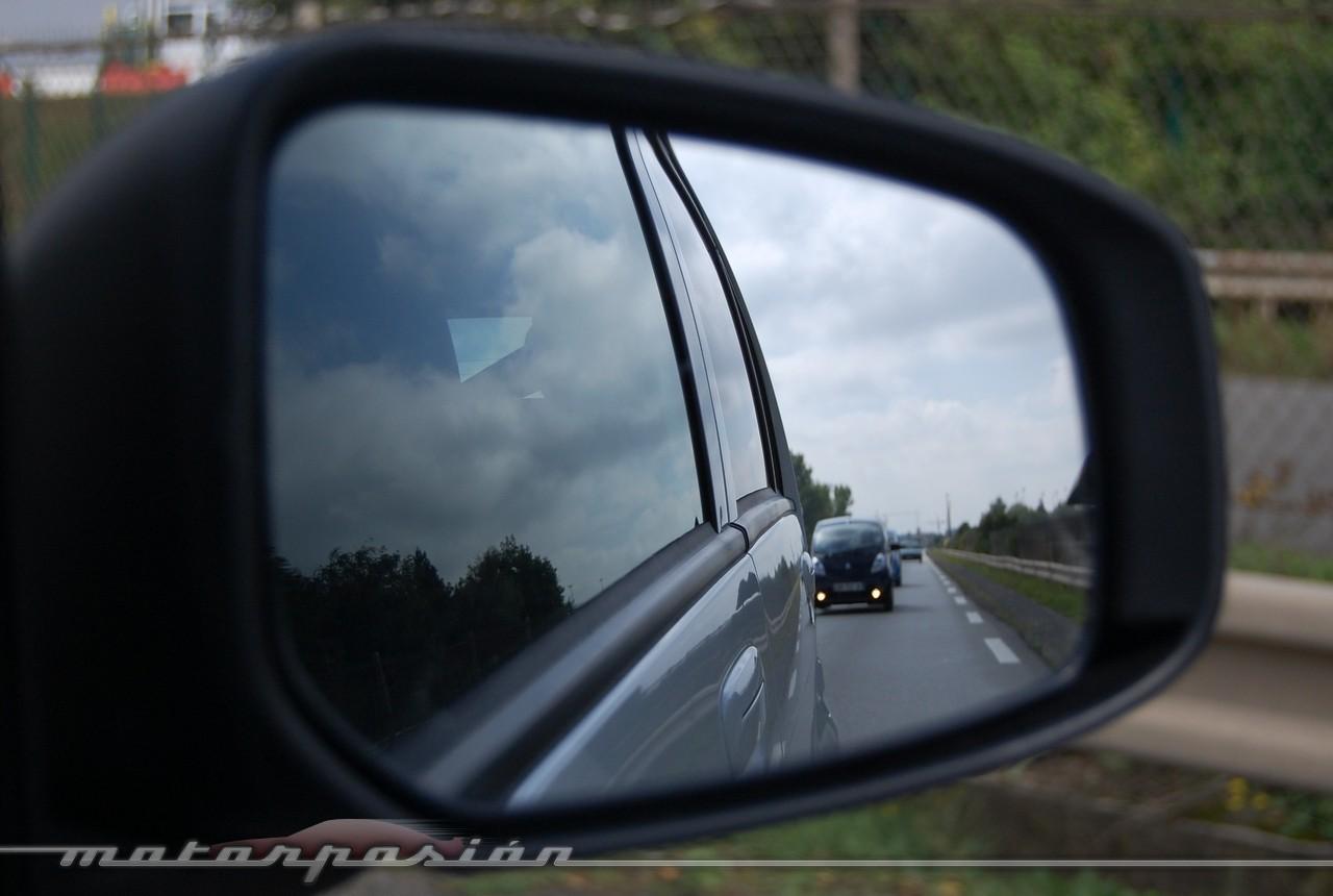 Foto de Peugeot i0n (presentación) (46/50)