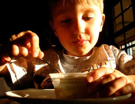 Decálogo para una sana dieta en los niños