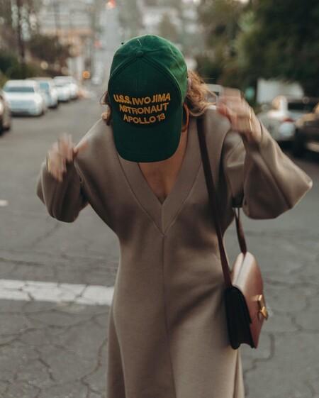 Esta es la gorra que más pasiones va a levantar: es de Zara, está rebajada y cuesta menos de 6 euros (aunque está agotada en la web)