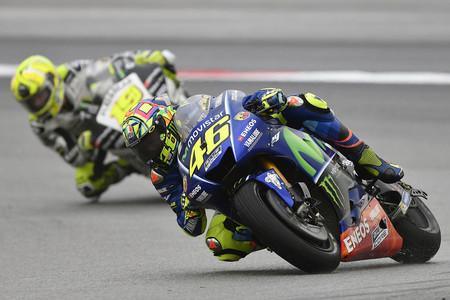 Valentino Rossi Yamaha Test 01