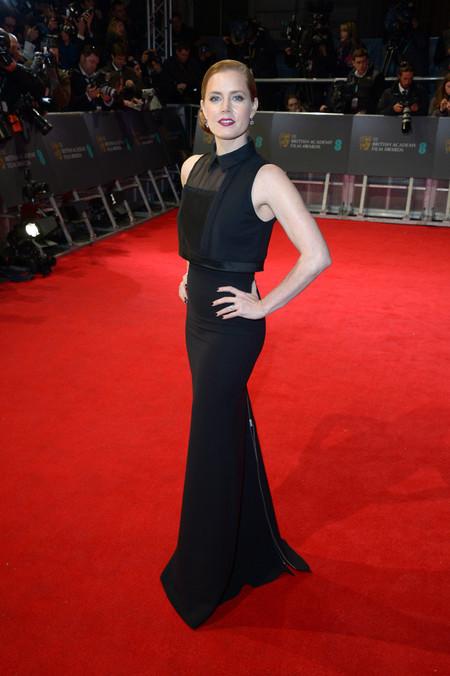 Un diez para el moño ladeado de Amy Adams en los Premios Bafta 2014