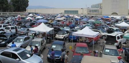 Alertan sobre fraudes en operaciones de compra-venta de autos usados.