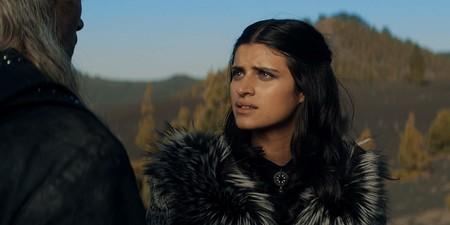 """""""Me halaga que comparen The Witcher con Juego de Tronos"""". Anya Chalotra"""