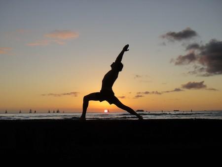 Cinco razones (más allá del relax) para incorporar la práctica del yoga a tu vida