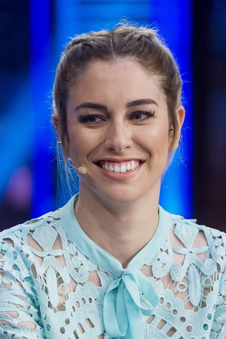"""Blanca Suárez se deja """"vencer"""" por 'Las chicas del cable' en plena promoción de la nueva serie"""