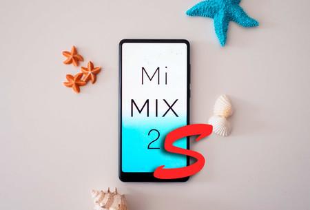Una posible foto filtrada del Mi Mix 2s deja ver un sensor de huellas bajo la pantalla