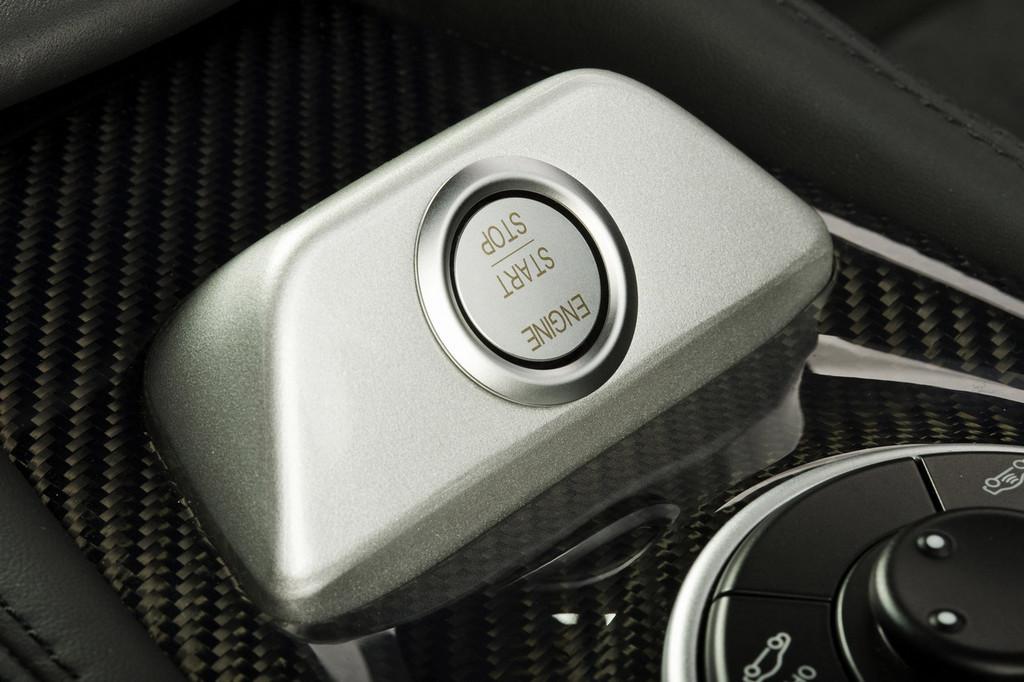 Foto de Mercedes-Benz SL 65 AMG Black Series (34/44)