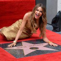 Sofia Vergara consigue su estrella y lo celebra a lo grande