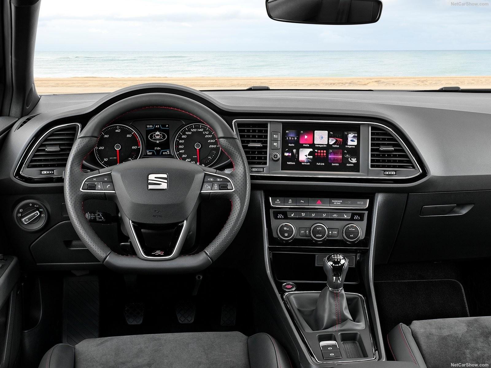 Foto de Amazon Alexa App para coches SEAT (2/3)